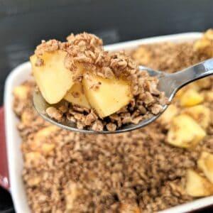 apple oatmeal bake on a spoon